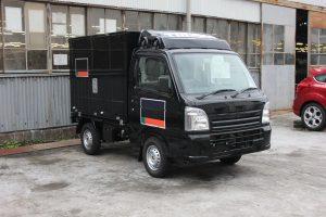 小型の移動販売車(トノックス工場にて製造)