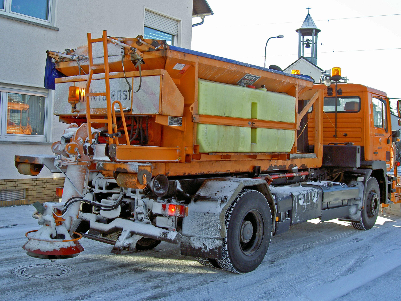 ドイツの融雪剤散布車(Wikipediaより)