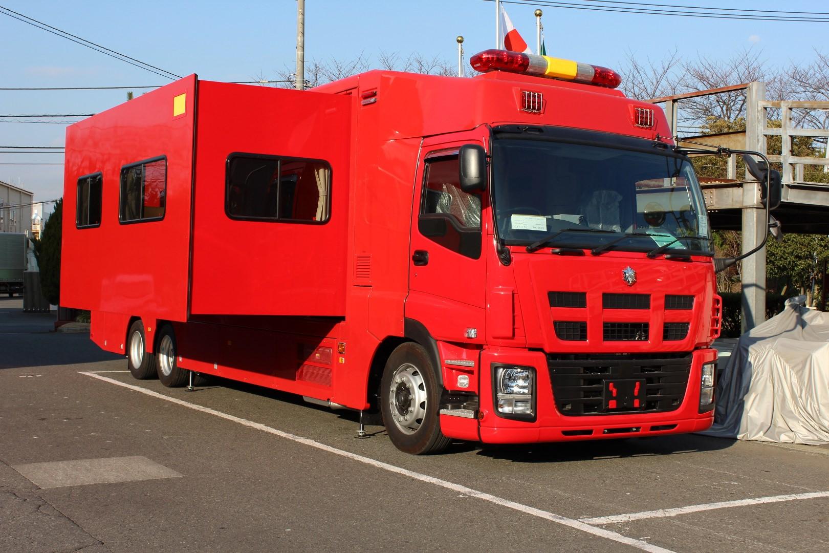 大型車のひとつ、支援車(トノックス工場にて)